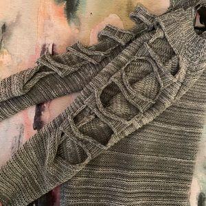 LF Sweater, cold shoulder